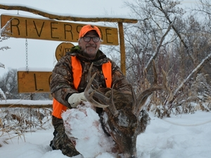Big Manitoba bucks